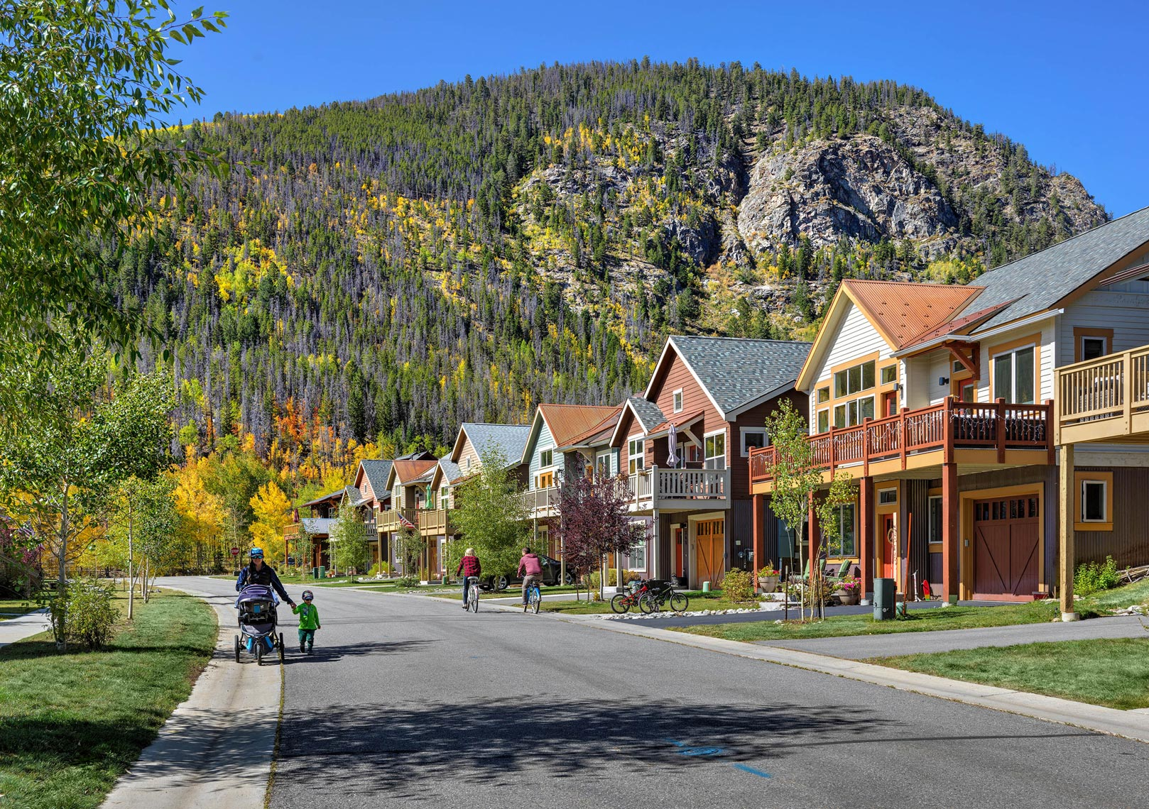 Peak One Neighborhood Frisco Colorado | Maylone Architectural Photo