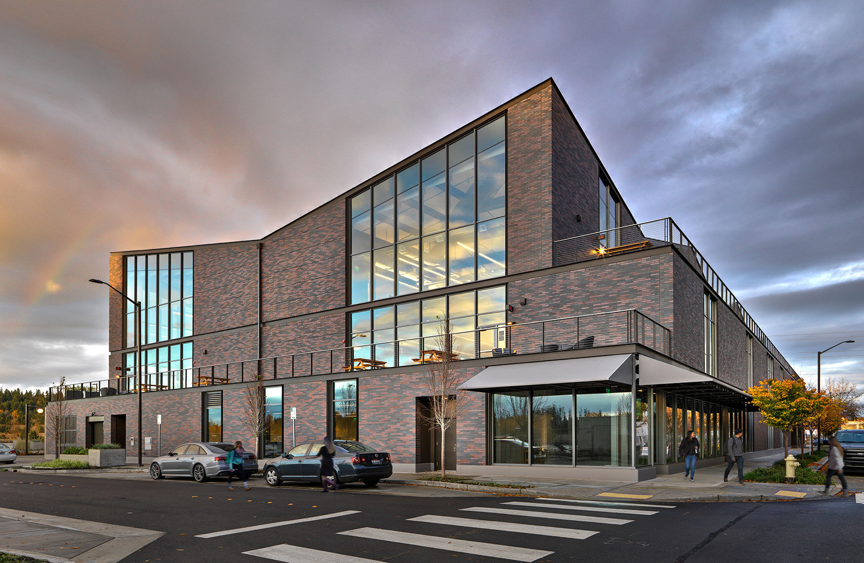 GIX University of Washington | Maylone Architectural Photo