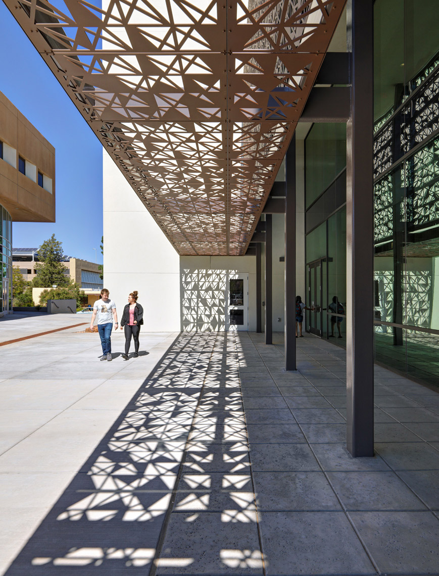 University of New Mexico | Maylone Architectural Photo